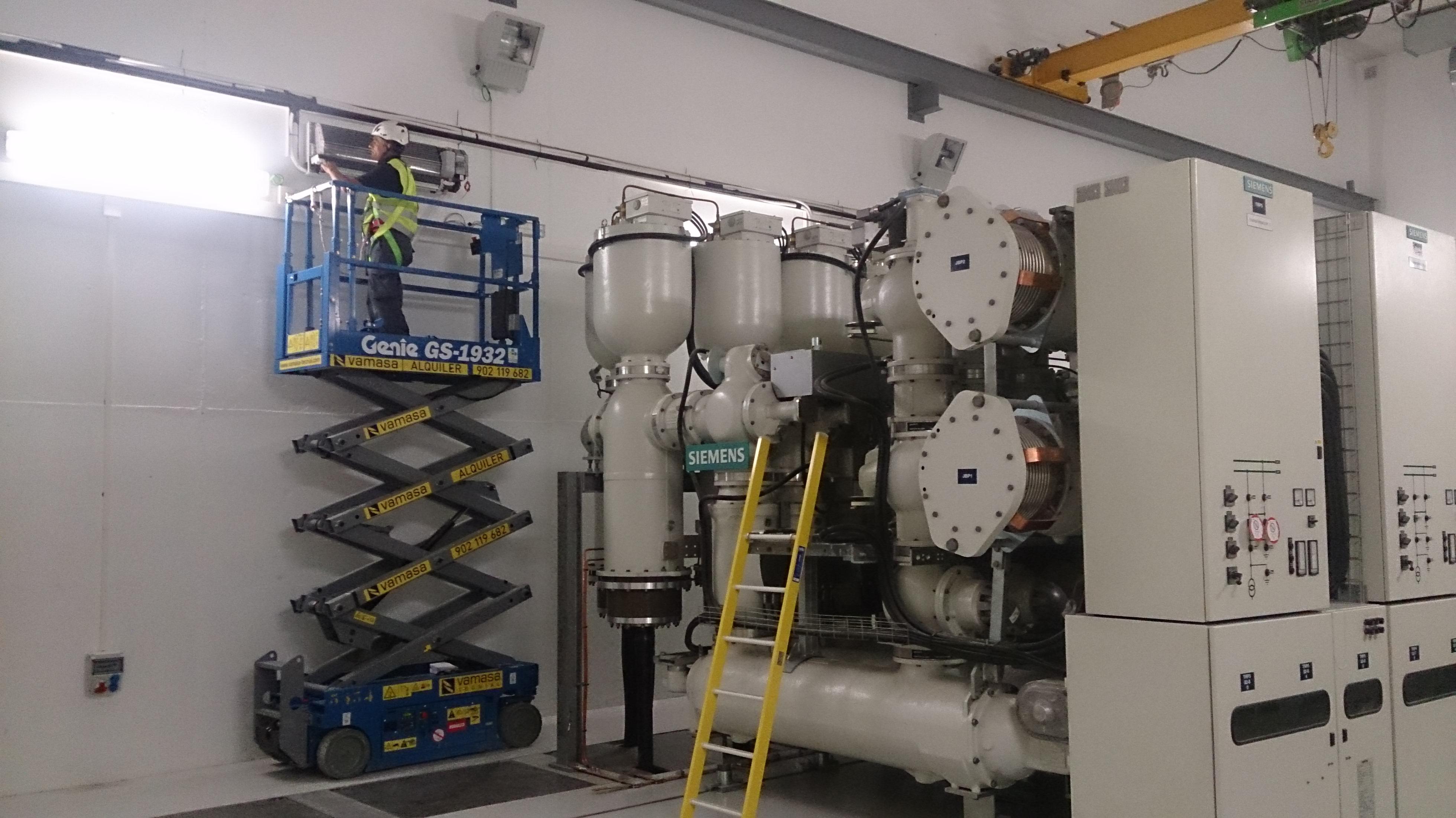 Climatizacion Varios centros GIS en Red Electrica Española 2015